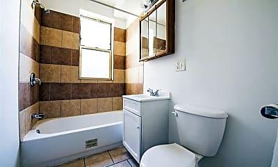 Bathroom, 7120 S East End, 2