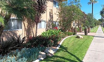 16251 Woodruff Apartments, 2
