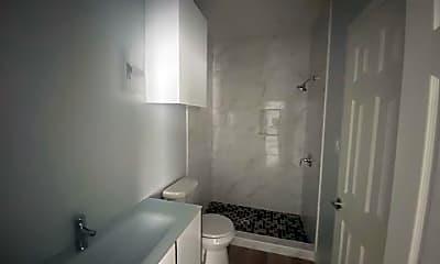 Bathroom, 817 S Missouri St, 0