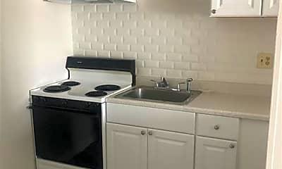 Kitchen, 356 Franklin Ave A6, 0