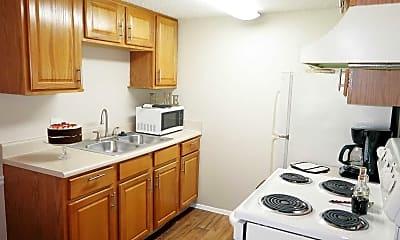Kitchen, Montclair Estates, 2