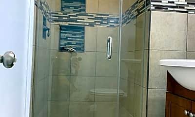Bathroom, 2114 W 154th St, 1