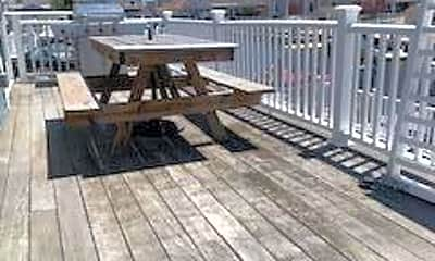 Patio / Deck, 16 Clearwater Way, 1