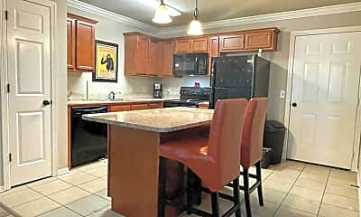 Kitchen, 1047 W Malibu St, 1