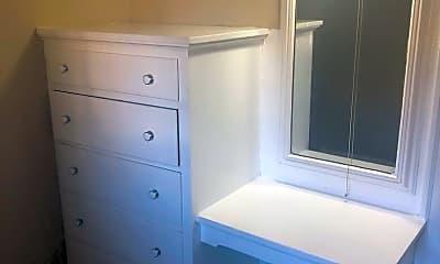 Bathroom, 445 S 3rd St, 2