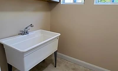 Bathroom, 2152 Lilac Ln, 2