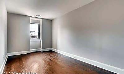 Living Room, 1222 St Paul St, 2
