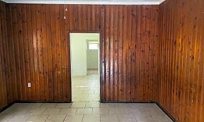 Building, 2914 Lakeshore Dr, 1