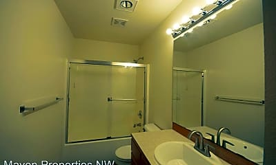 Bathroom, 113 W Casino Rd, 2