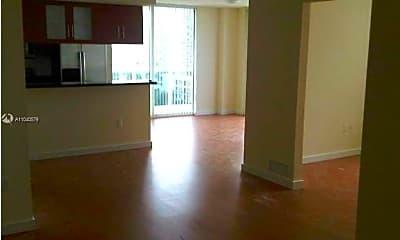 Living Room, 601 NE 23rd St 806, 1