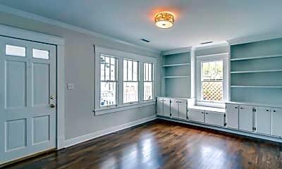 Living Room, 2514 Ashwood Ave, 1
