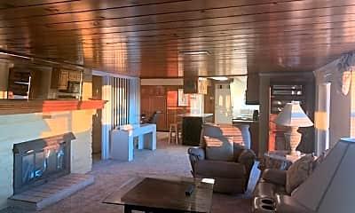 Living Room, 1040 Berwick Trail, 1