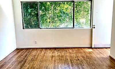 Living Room, 2066 Lyric Ave, 1