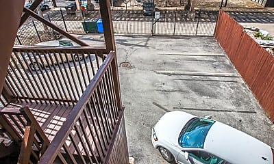 Patio / Deck, 4240 S Calumet Ave, 2