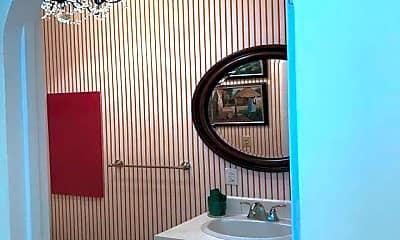 Bathroom, 16 Abbey Rd, 1