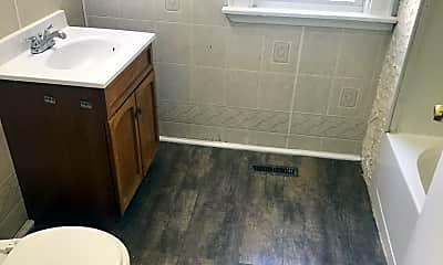 Bathroom, 3606 N 2nd St, 2