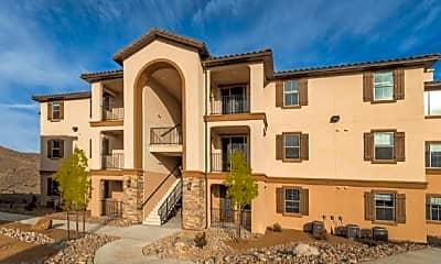 Building, The Villas At Keystone Canyon, 2