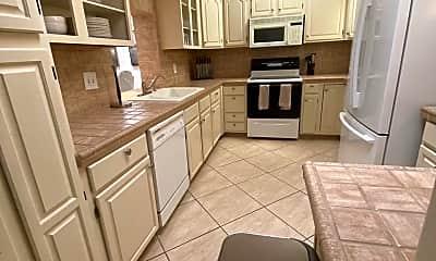 Kitchen, 2462 Flamingo Rd, 2