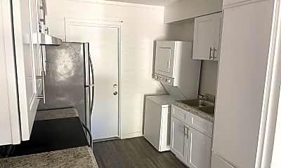 Kitchen, 2402 W Devonshire Ave, 2
