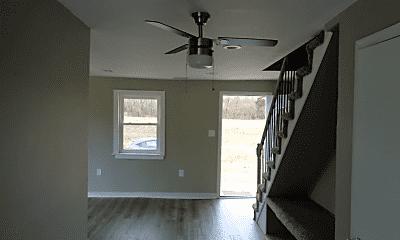 Living Room, 7563 Walnut Grove Rd, 2