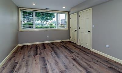 Living Room, 8060 N Oriole Ave 1G, 1