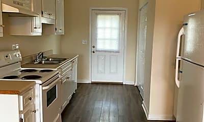 Kitchen, 2302B Old Barton Chapel Rd, 1