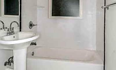 Bathroom, Ivy Flats, 2