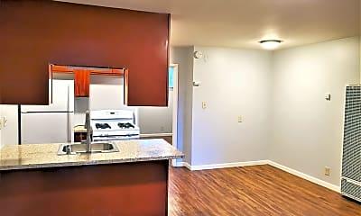 Kitchen, 2522 35th Avenue 01-25, 1