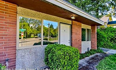 Building, 8741 Seward Park Ave S, 1