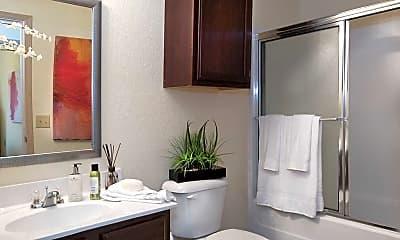Bathroom, The Fairways at Auburn, 2