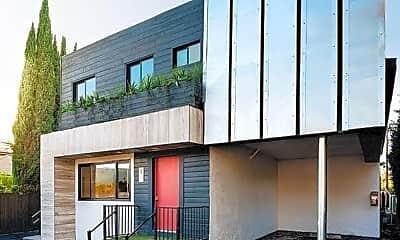 Building, 1333 W 36th Pl, 0