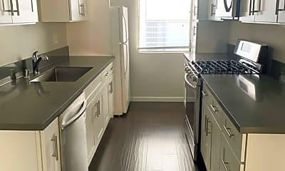 Kitchen, 142 N Clark Dr 8, 0