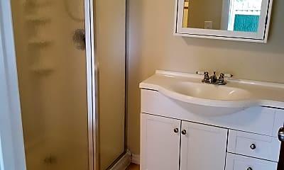 Bathroom, 17 E Magnolia Ave, 2