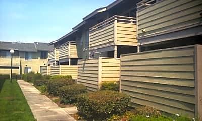 Building, Citrus Breeze Apartments, 2