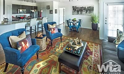 Living Room, 625 Creekside Way, 2