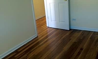 Bedroom, 3508 N Wilton Ave, 1