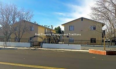 Building, 2541 Diamond Street, 0