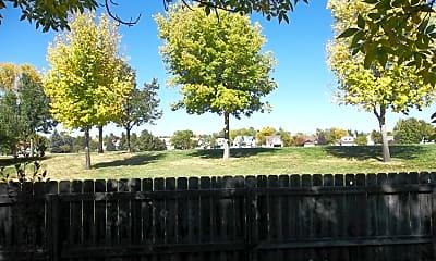 greenbelt.jpg, 1006 Pica Run, 2