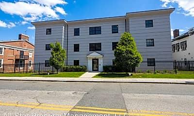 Building, 285 Golden Hill St, 1
