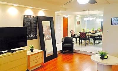 Living Room, 3680 Inverrary Dr, 1