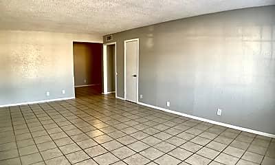 Living Room, 3822 Englewood Cir, 0