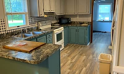 Kitchen, 1522 Sappington DR, 1