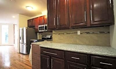 Kitchen, 519 Throop Ave, 1