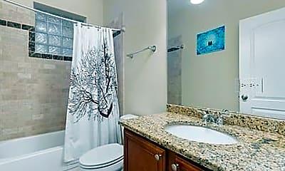 Bathroom, 5062 N KIMBALL, 2