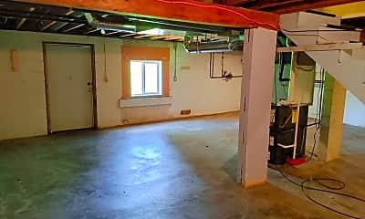 Bedroom, 632 Madison Ave, 2