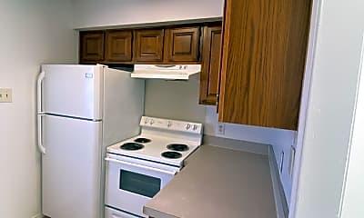 Kitchen, 602 Irby Ln, 1