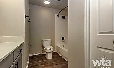 Bathroom, 3201 Duval Rd, 2