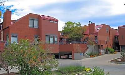 Building, 812 Walnut St, 2