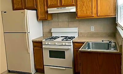Kitchen, 12 Pollux Cir E 1, 2