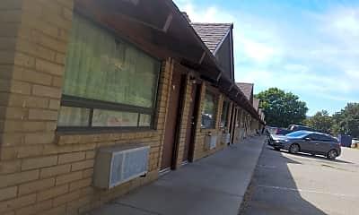 Iron Horse Inn, 0